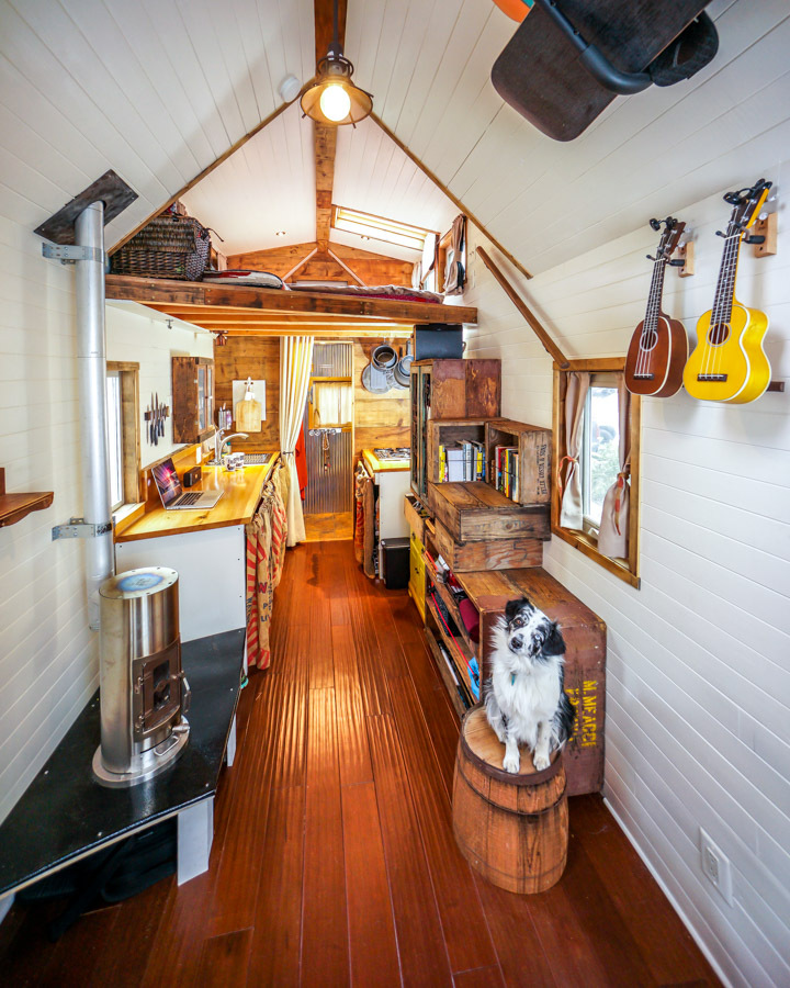 Superb Couple Quits Day Jobs Builds Quaint Tiny Home On Wheels To Largest Home Design Picture Inspirations Pitcheantrous