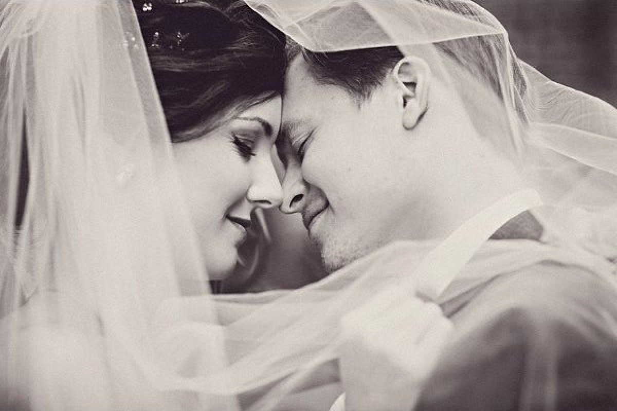 Wedding Photography Romantic: 12 Romantic Wedding Photos You Absolutely Must Get (You'll
