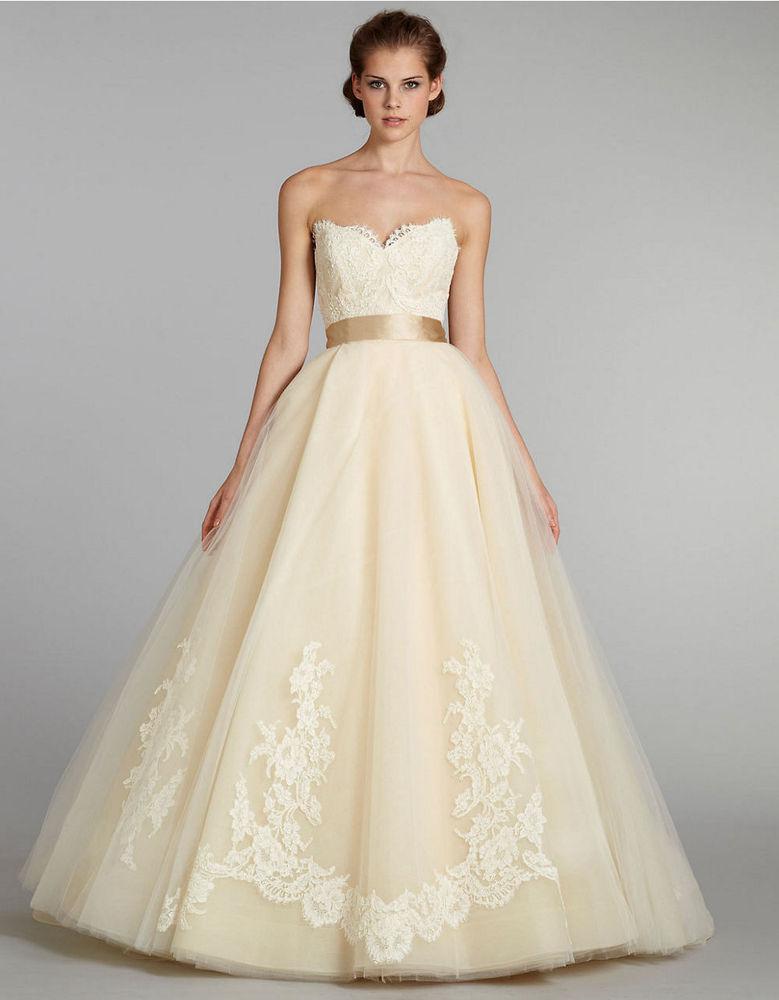 94,9 Rouge fm :: Les plus belles robes de mariée en couleur ...