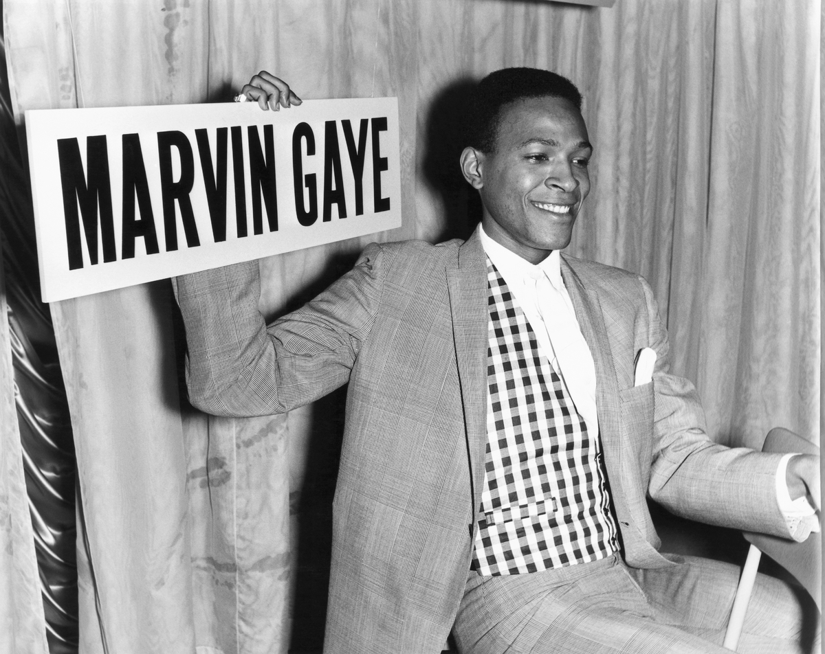marvin gaye Perhaps one of motown's most versatile performers, marvin gaye did it all: balladeer, musician, singing idol learn more about one of the most famous r&b vocalists.