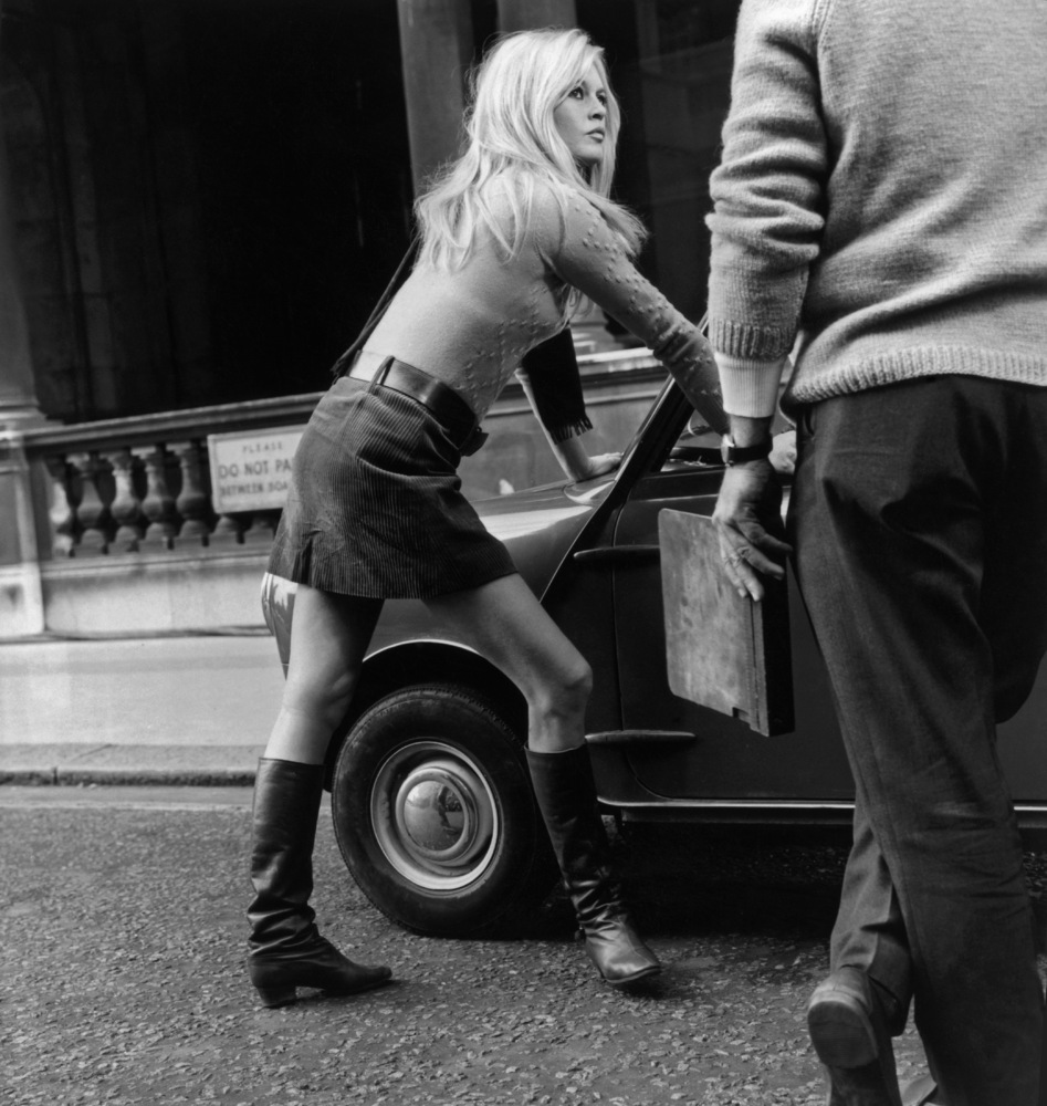 The Miniskirt: An Evolution From The '60s To Now | The Huffington Post