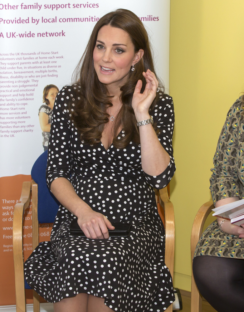 view download images  Images Duchess of Cambridge Returning From Maternity Leave To Visit Children's Mental Health Charity   HuffPost UK