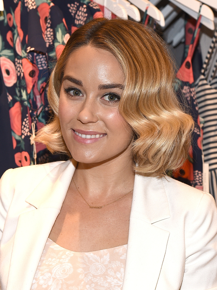 Pleasant Wavy Bob Hairstyles How To Rock This Summer39S 39It39 Cut The Short Hairstyles Gunalazisus