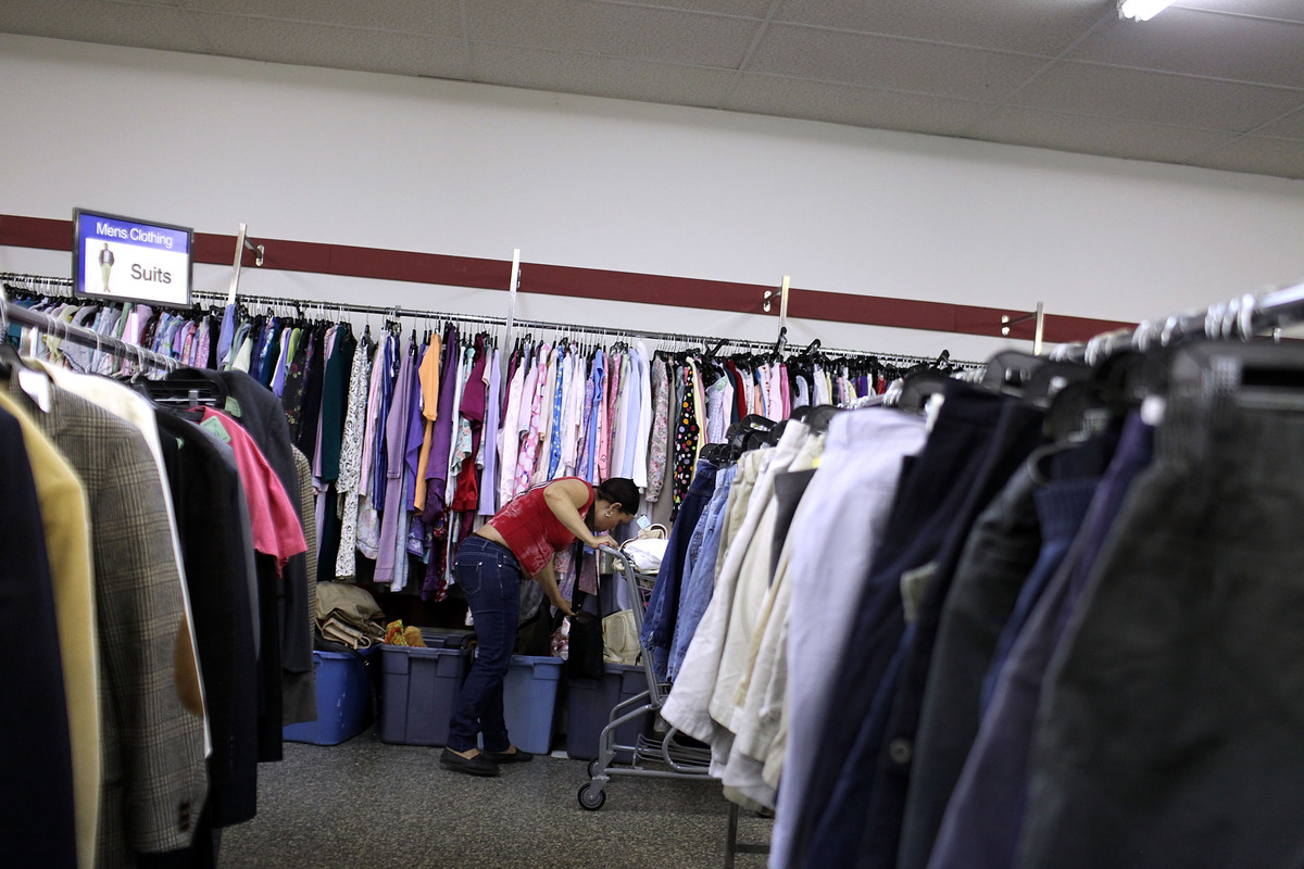 15 Places To Donate Gently Worn Clothes And Unused Beauty