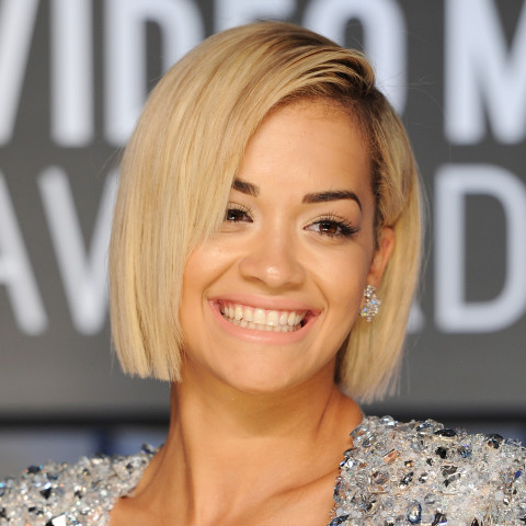 4 gorgeous lowmaintenance haircuts perfect for summer