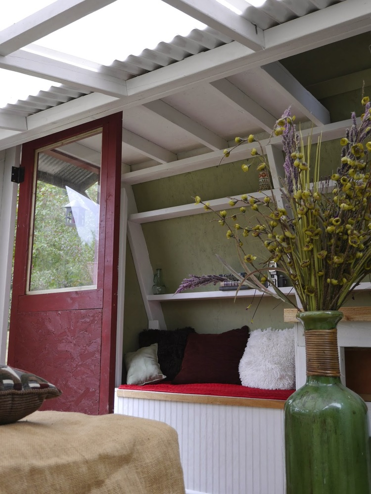 how much does a tiny house on wheels cost built on wheels and