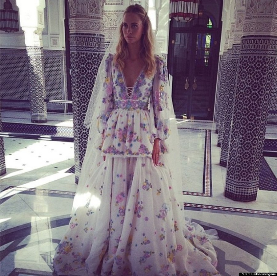 Jerry hall married rupert murdoch in vivienne westwood for Vivienne westwood wedding dress price