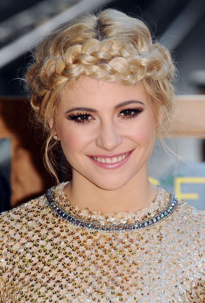 Enjoyable 33 Messy Braid Hairstyles That Prove Perfection Is Overrated The Short Hairstyles Gunalazisus