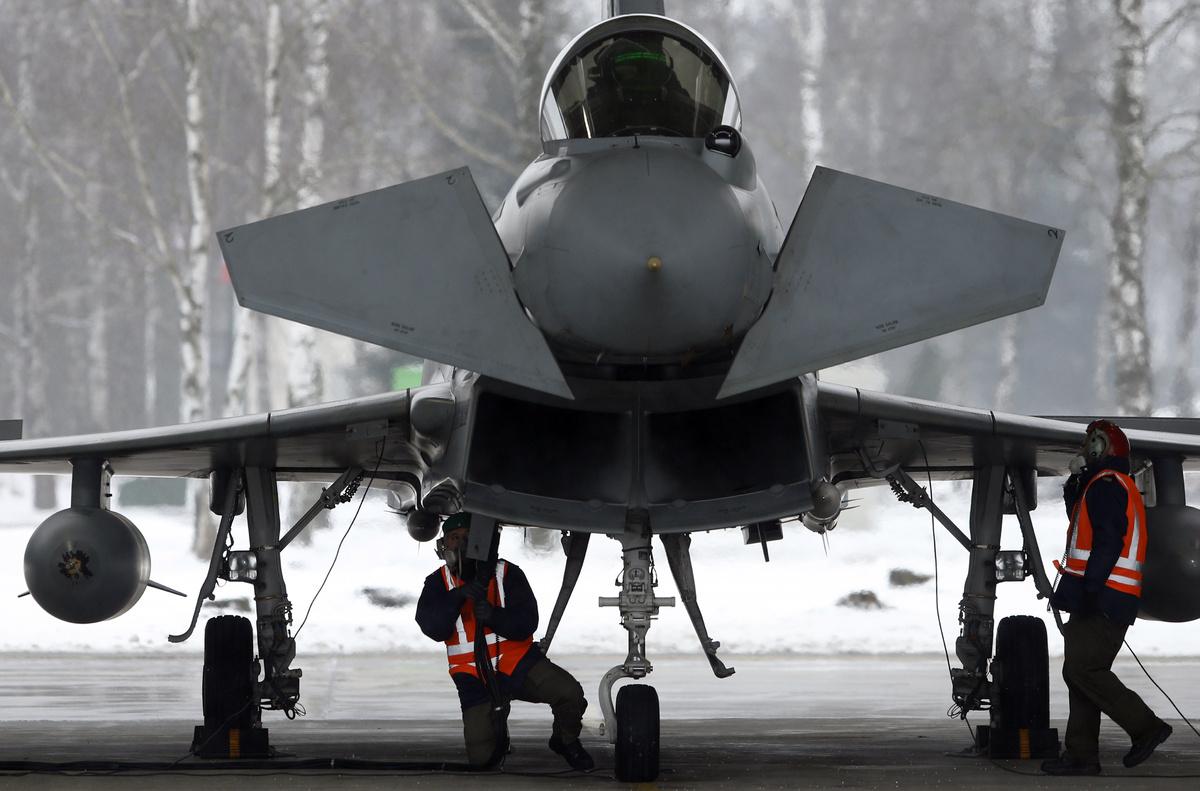 Itália vê outros países europeus juntando-se ao programa do novo jato militar