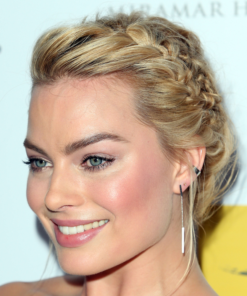 15 Photos That'll Make You Want To Wear French Braids Every Day
