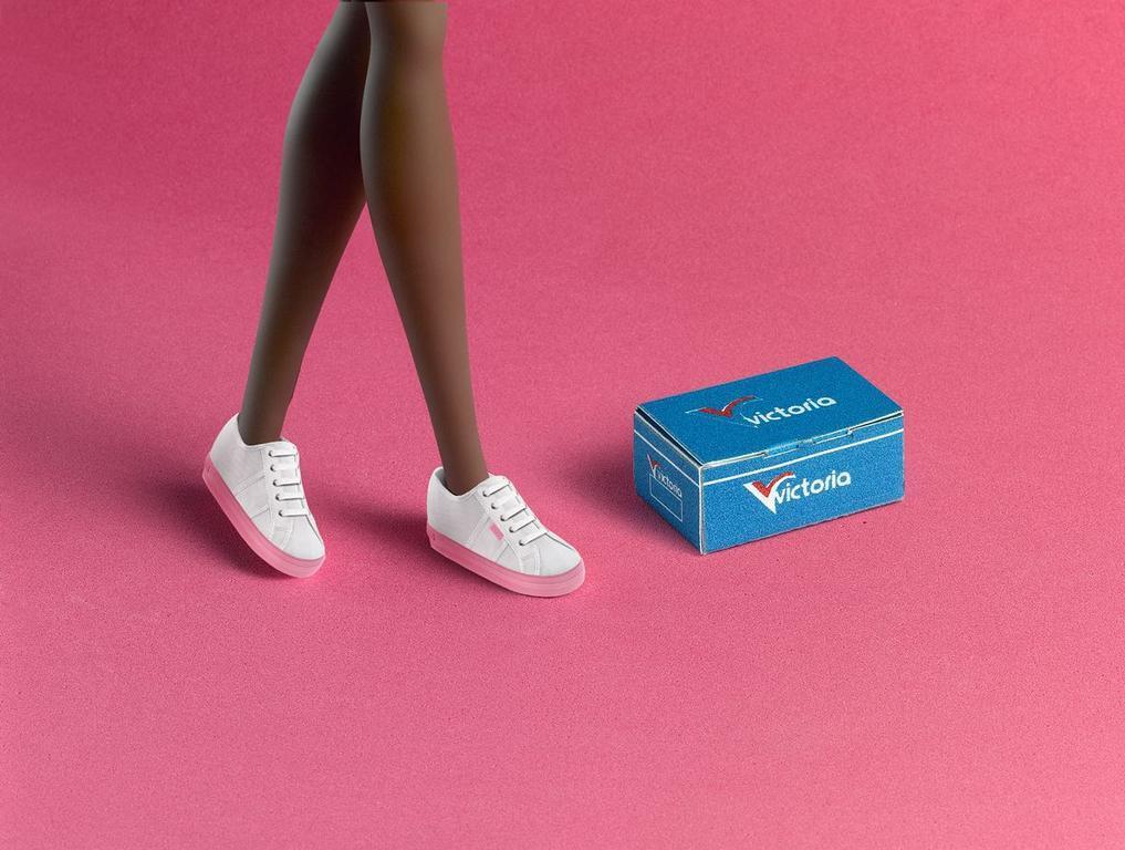 Barbie dejó los tacos para usar zapatos españoles | Noticias ...