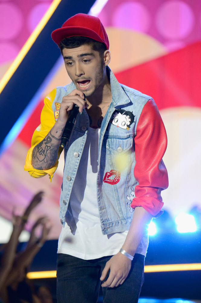 Zayn Malik Fashion Moments A New Career On The Cards After One Direction Huffpost Uk