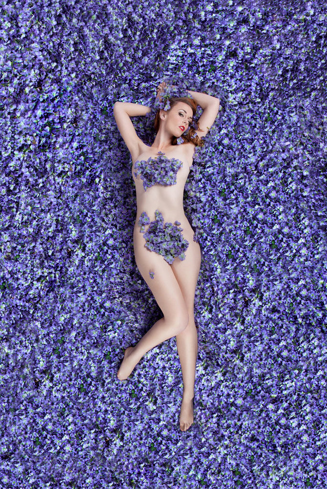 14 Women Pose Naked To Redefine American Beauty On Their