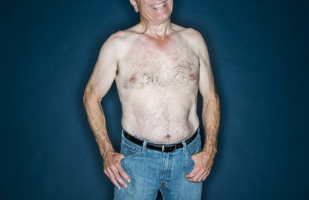 why can guys be shirtless