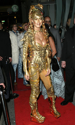 Heidi Klum as golden space alien
