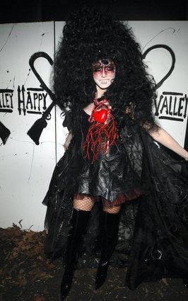 Heidi Klum as a sexy vampire
