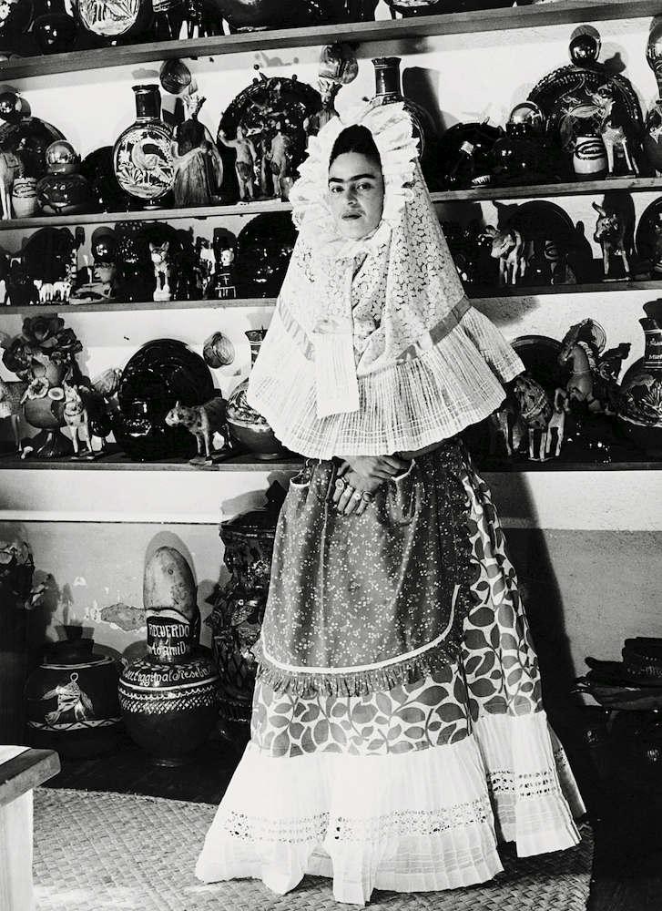 Moda Kahlo Su Libro Referente Que El Aspecto De Más Desconocido Recoge Frida dtwxqUC8q