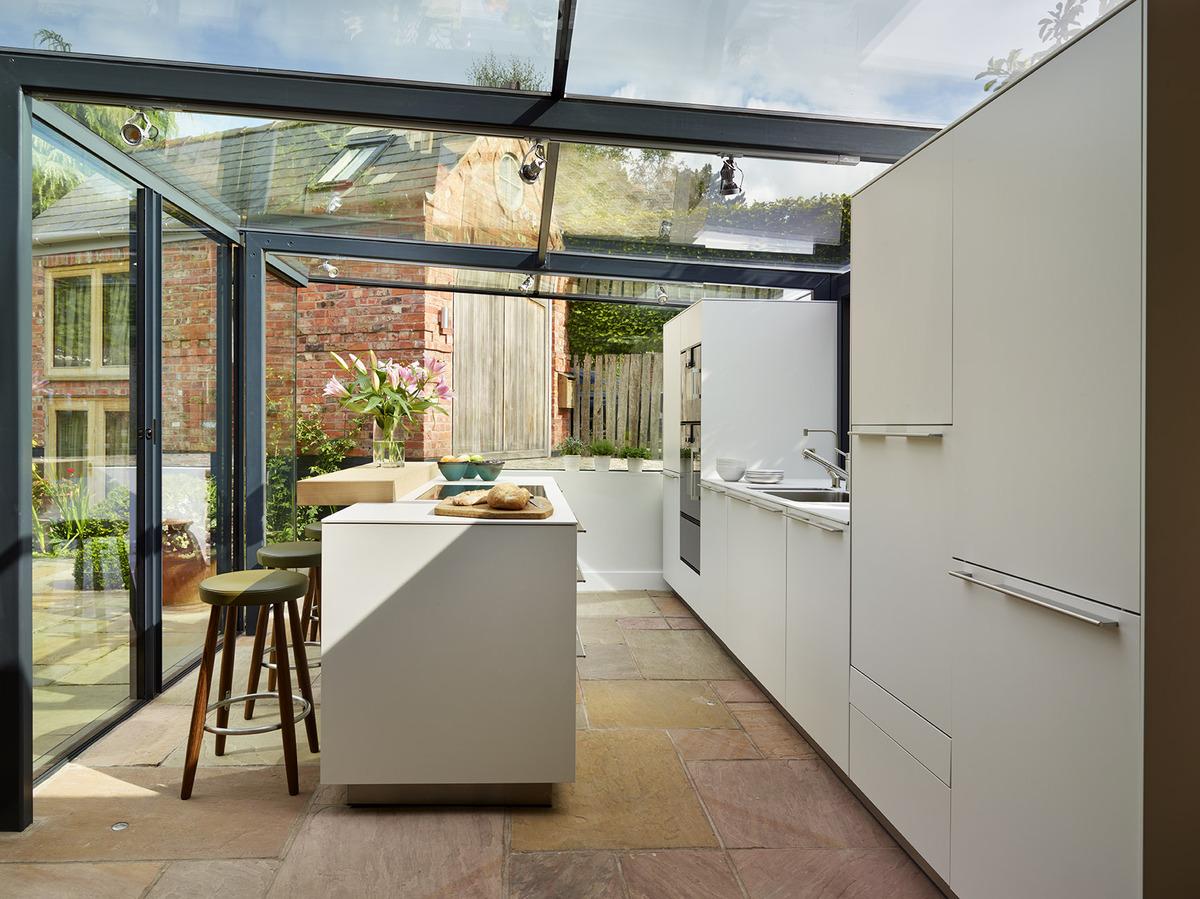 Photos cette cuisine dans un cottage anglais est enti rement vitr e - Robinet bulthaup ...