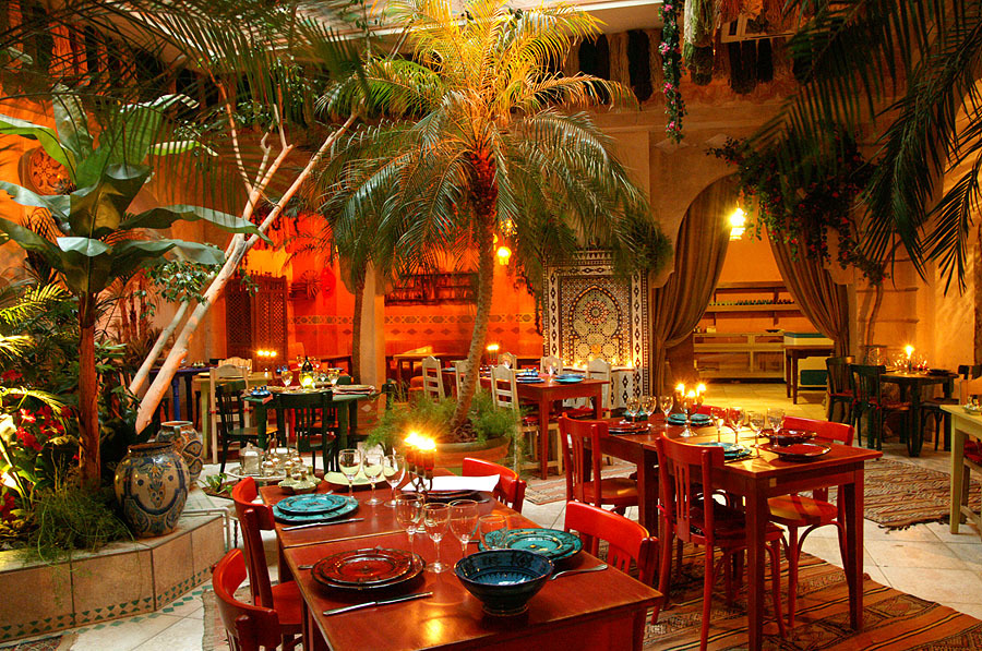 les 10 meilleurs restaurants marocains paris selon la fourchette photos. Black Bedroom Furniture Sets. Home Design Ideas