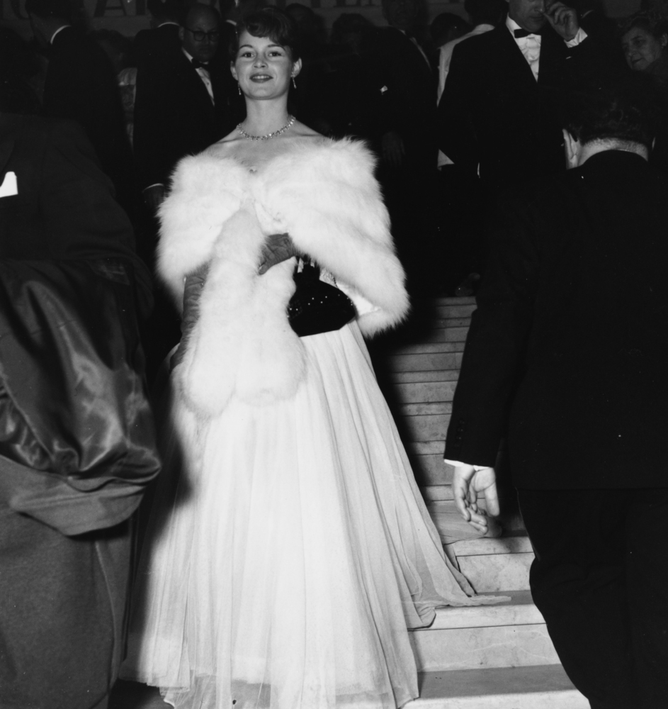 The most iconic cannes film festival dresses of all time - Hussen fur stuhle ...