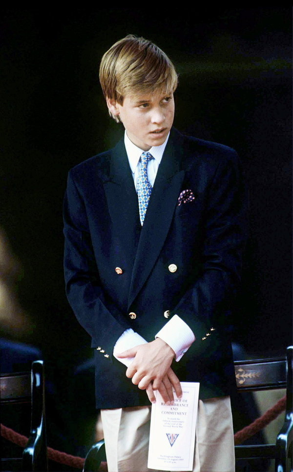 영국 윌리엄 왕자의 스타일 변천사 (사진)