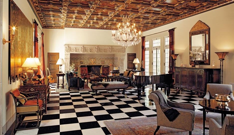 Cette salle de bains d\'inspiration marocaine dans une maison de luxe ...