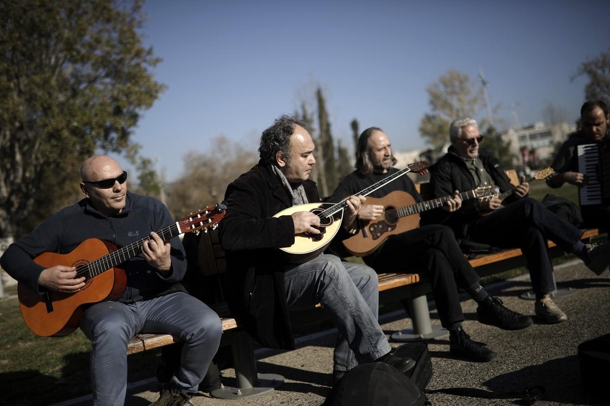 Πλανόδιοι μουσικοί : Kυρώσεις για επαιτεία στον Δήμο Θεσσαλονίκης
