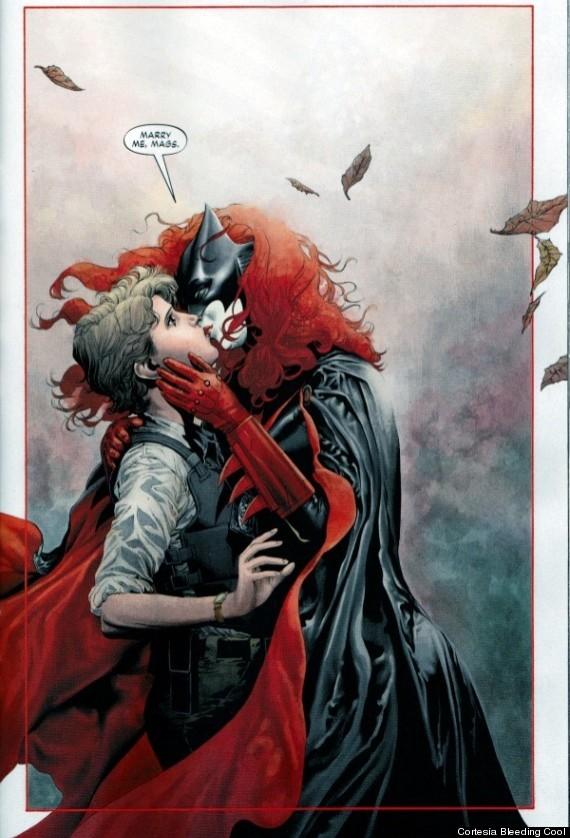 batwoman lesbiana comic