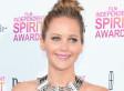 Jennifer Lawrence's Independent Spirit Awards Dress Flashes Major Sideboob (PHOTOS)