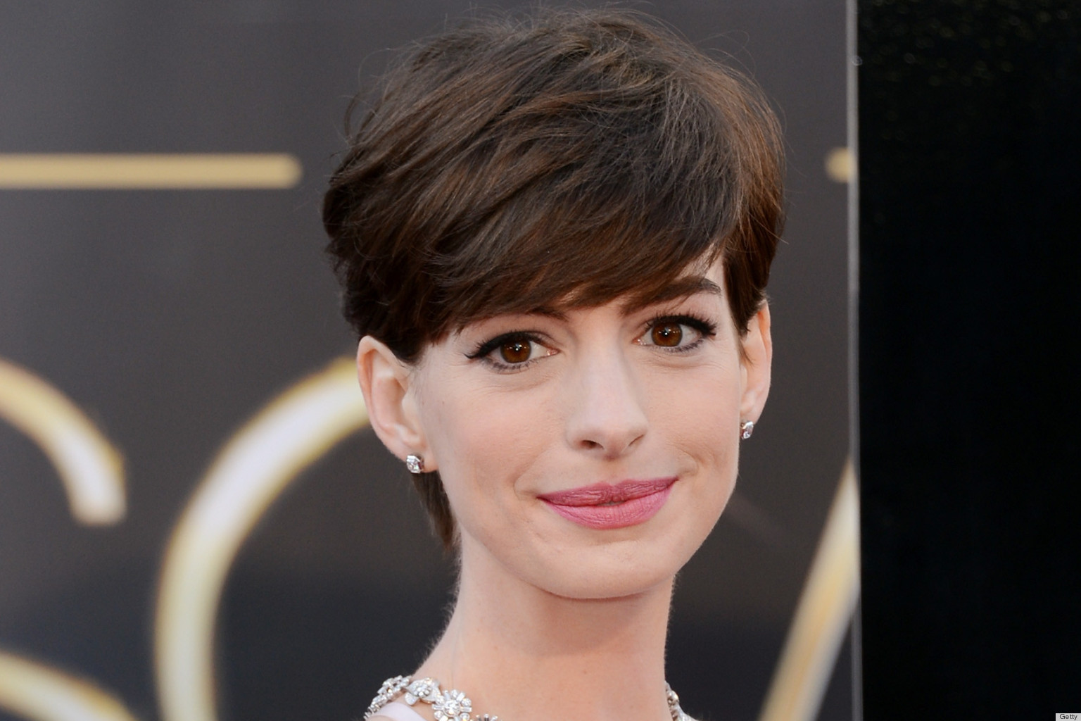 Best Teats Pictures to Pin on Pinterest - PinsDaddy Anne Hathaway Facebook