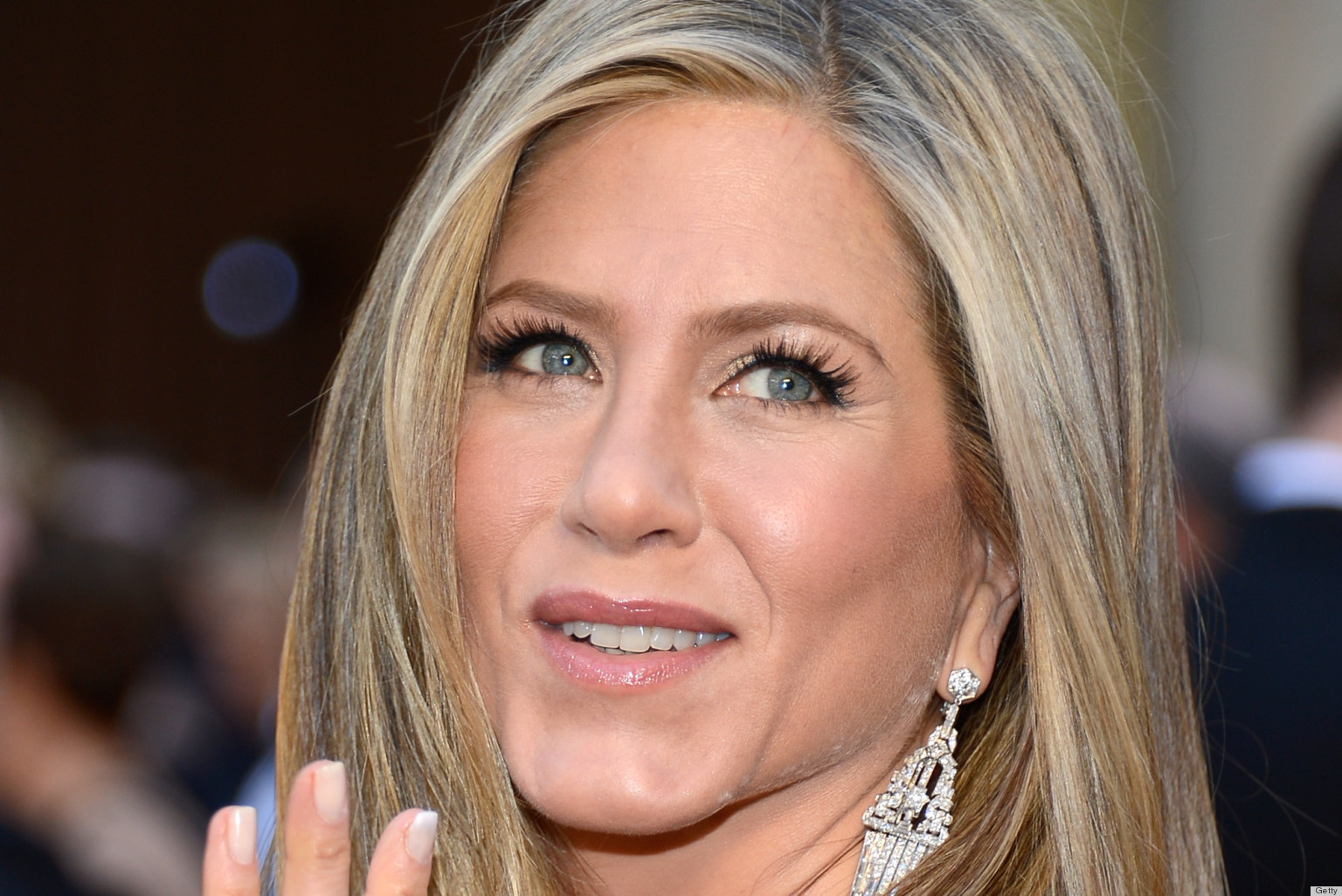 Jennifer Aniston's Oscar Dress 2013 Disappoints The Fashion Critics ... Jennifer Aniston