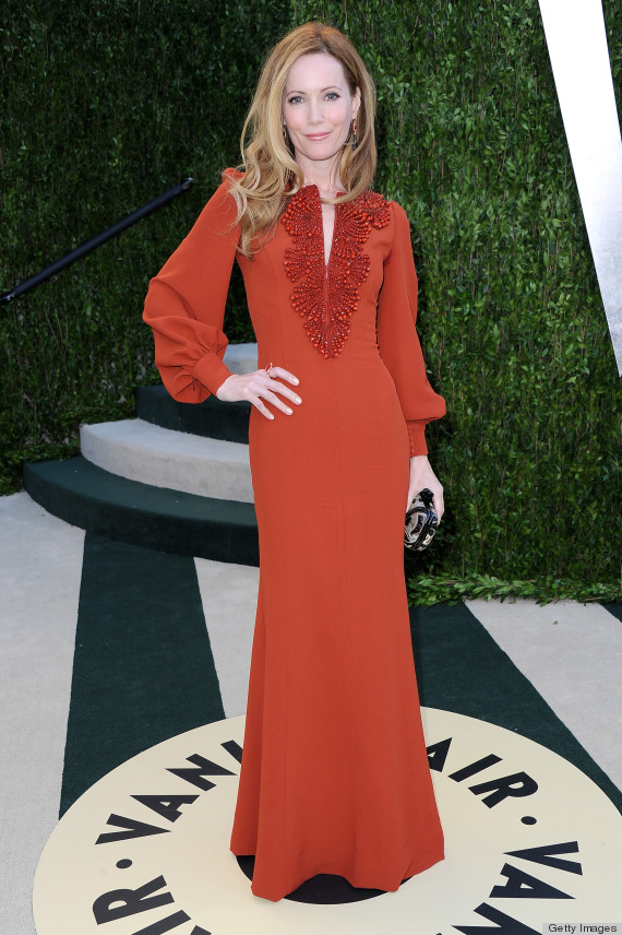 Leslie Mann Oscars Dress 2013: See Her Red Carpet Look! (PHOTOS ...