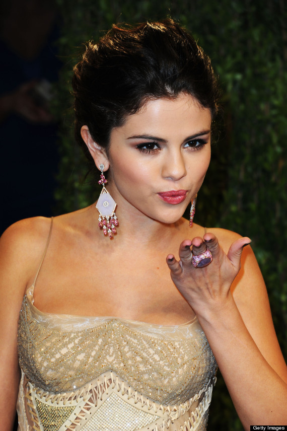 selena gomez vanity fair party