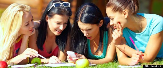 SOCIAL READING