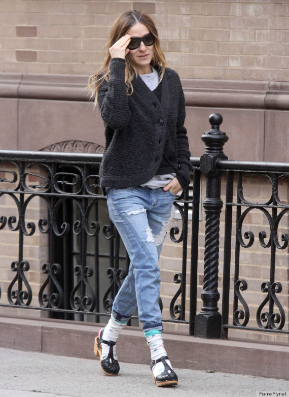 Sarah Jessica Parker Tries Socks With Sandals Photos