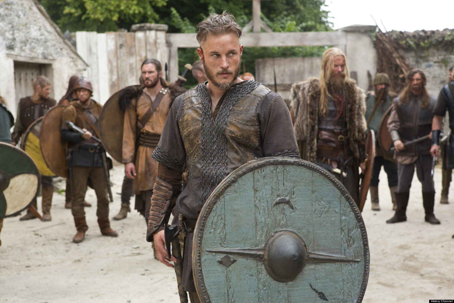 'Vikings' At Comic-Con: Travis Fimmel, Katheryn Winnick ...