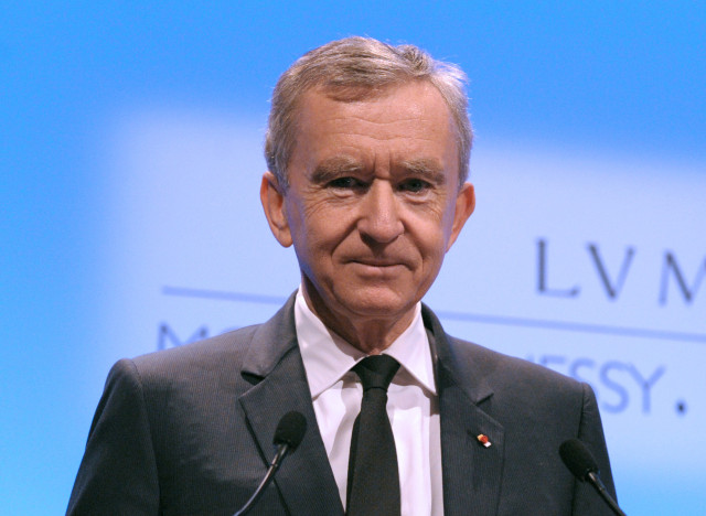 belgique la naturalisation de bernard arnault en souffrance. Black Bedroom Furniture Sets. Home Design Ideas