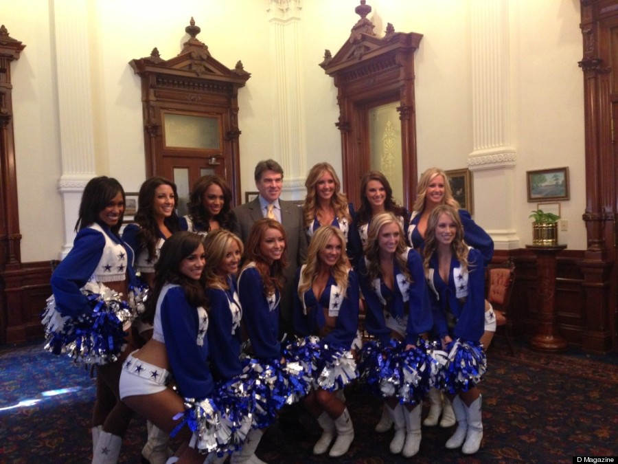 Rick Perry, Dallas Cowboys Cheerleaders Strike A Pose (