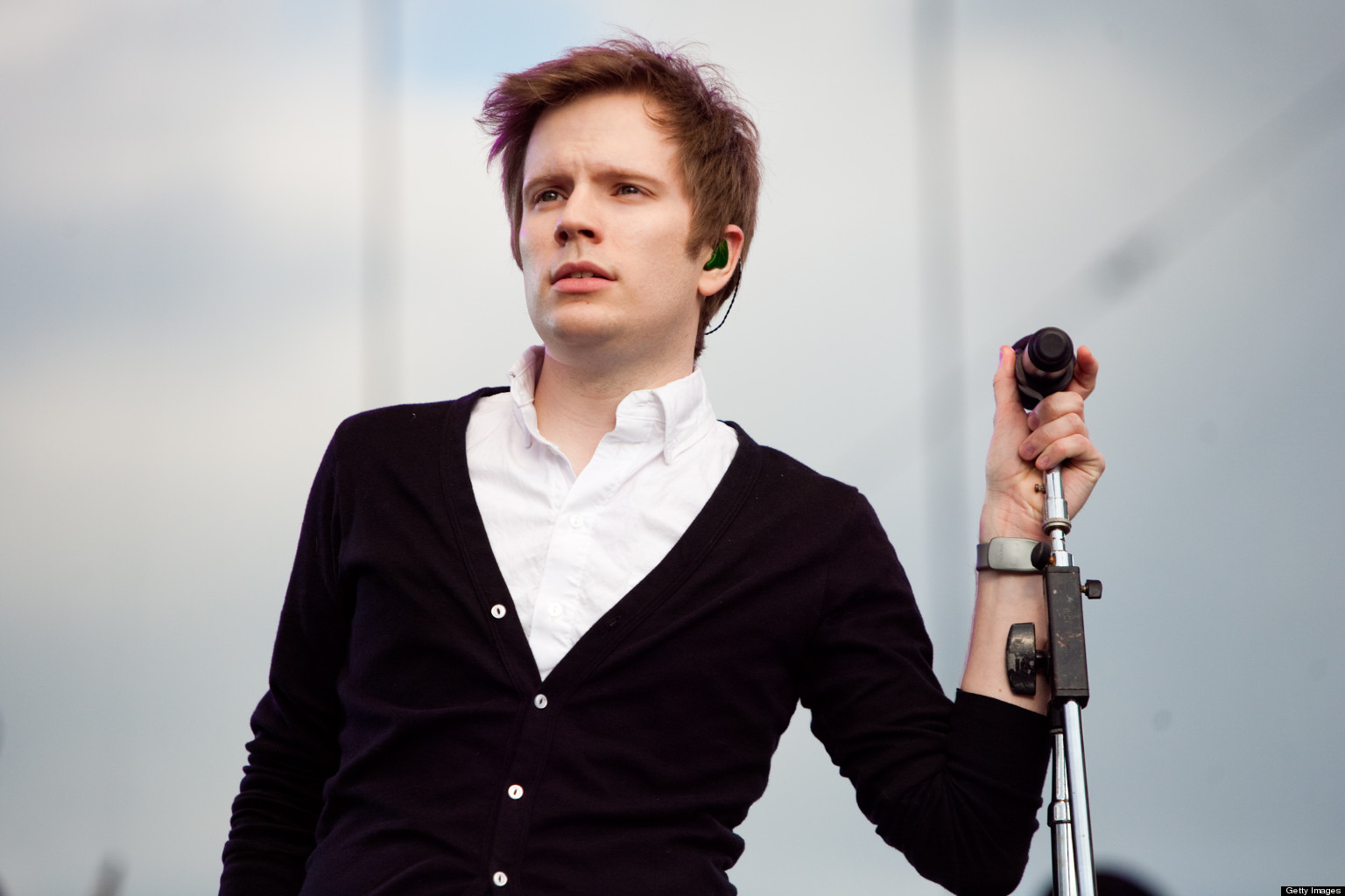 The 33-year old son of father (?) and mother(?), 182 cm tall Patrick Stump in 2017 photo