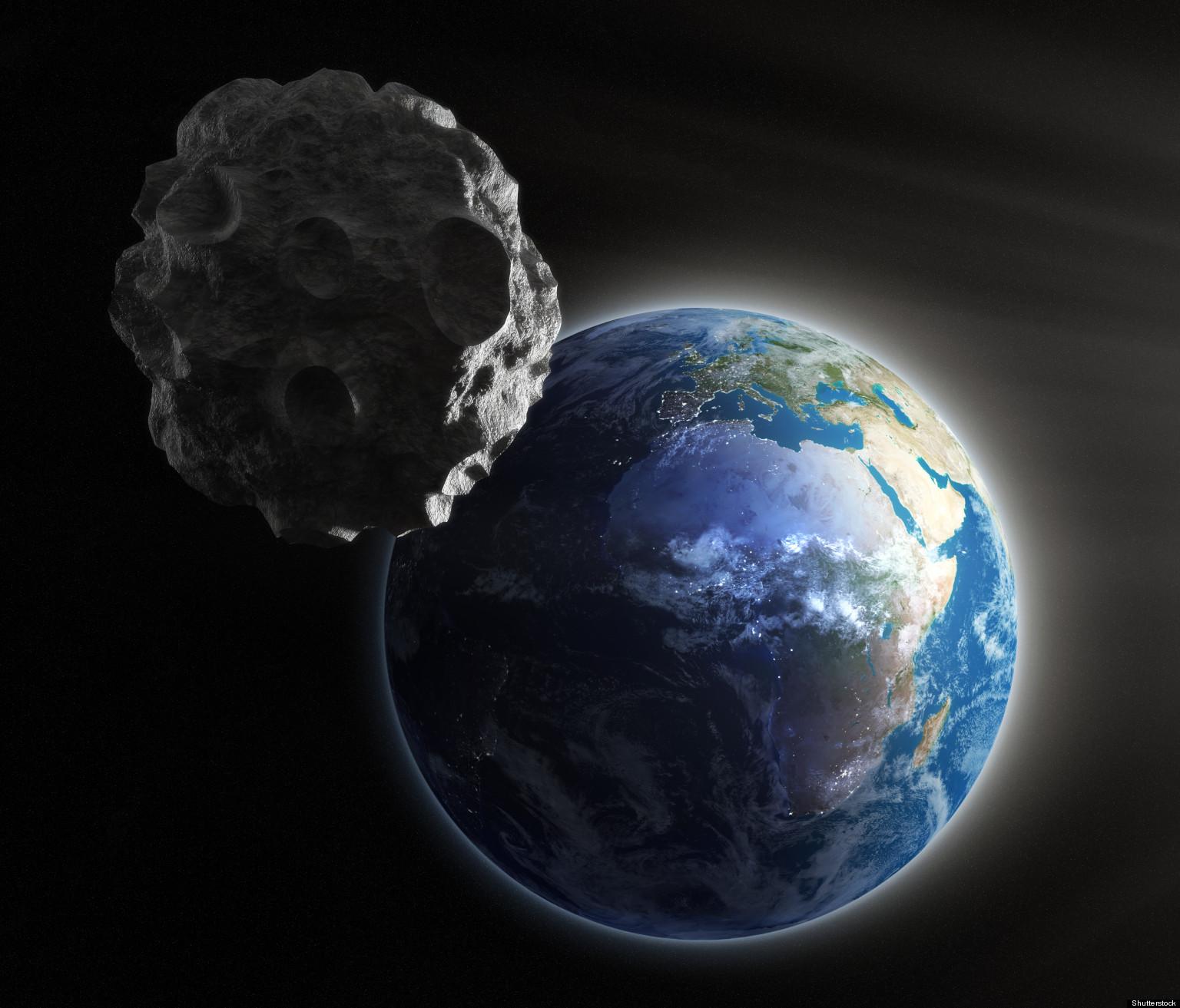 Asteroid, Earth Set Fo...