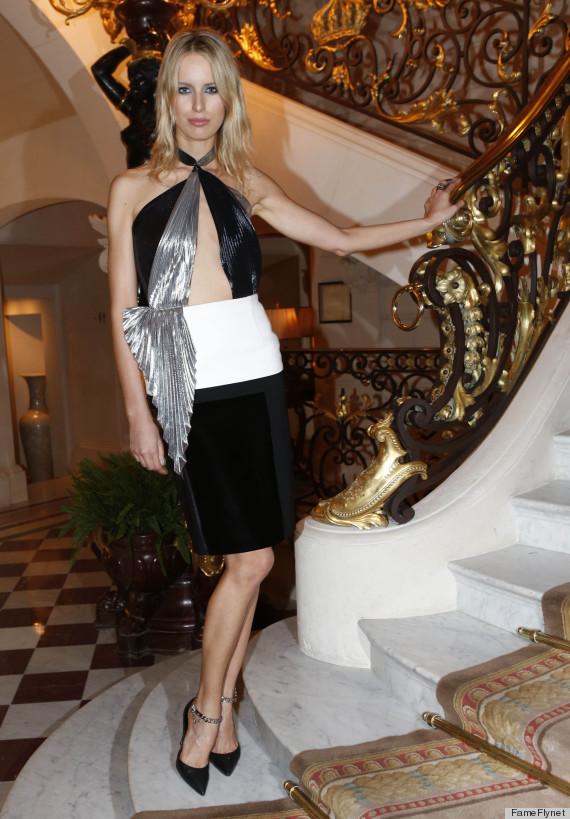 karolina kurkova dress