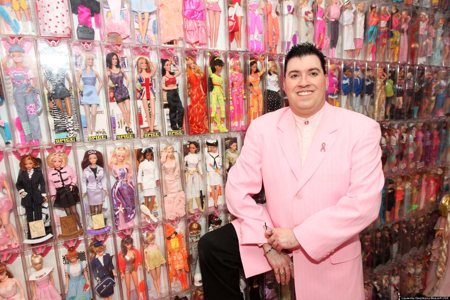 Barbie Man Stanley Colorite Owns 3 000 Barbie Amp Ken
