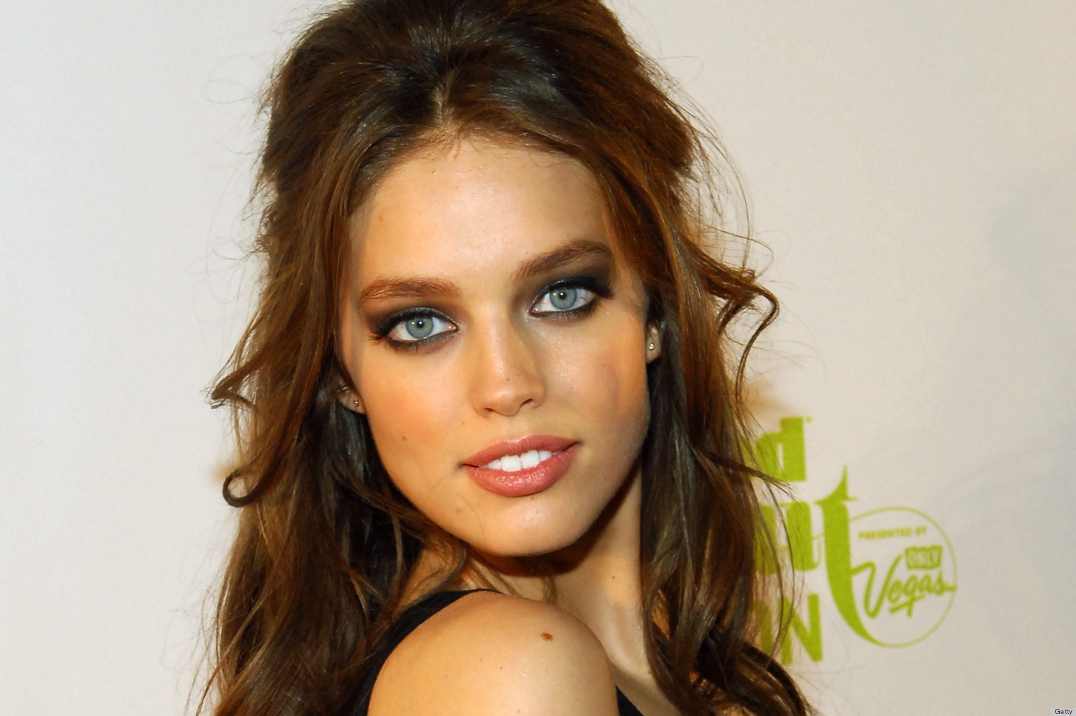 Model Emily DiDonato Dating Jake Gyllenhaal After Meeting At ...