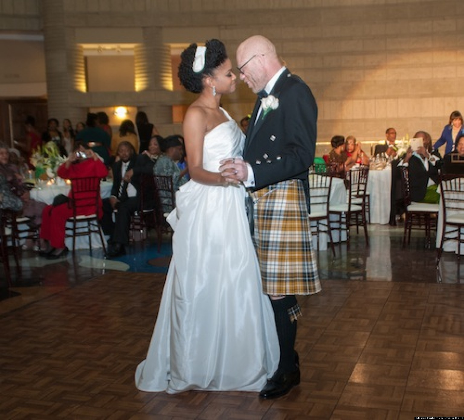 Used wedding dresses detroit mi discount wedding dresses for Used wedding dresses in michigan