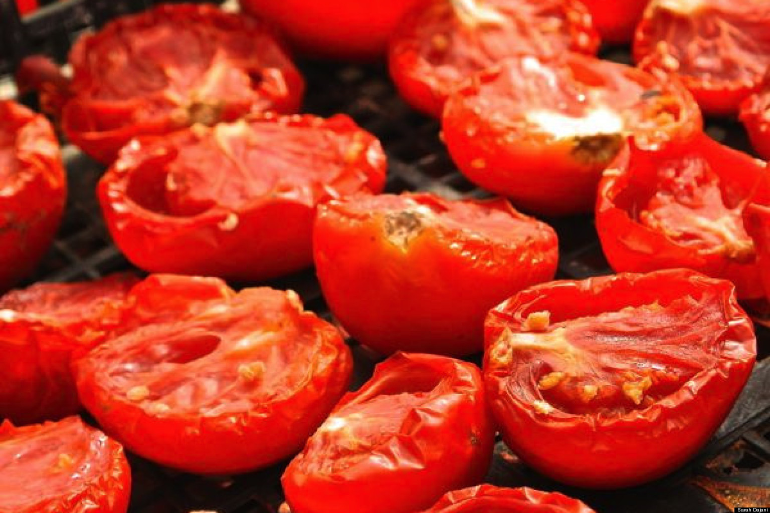 Sun dried tomatoes from the valley sunfruit in jordan huffpost - Make sun dried tomatoes explosion flavor ...