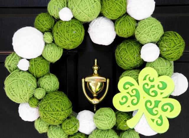 st patricks day yarn wreath