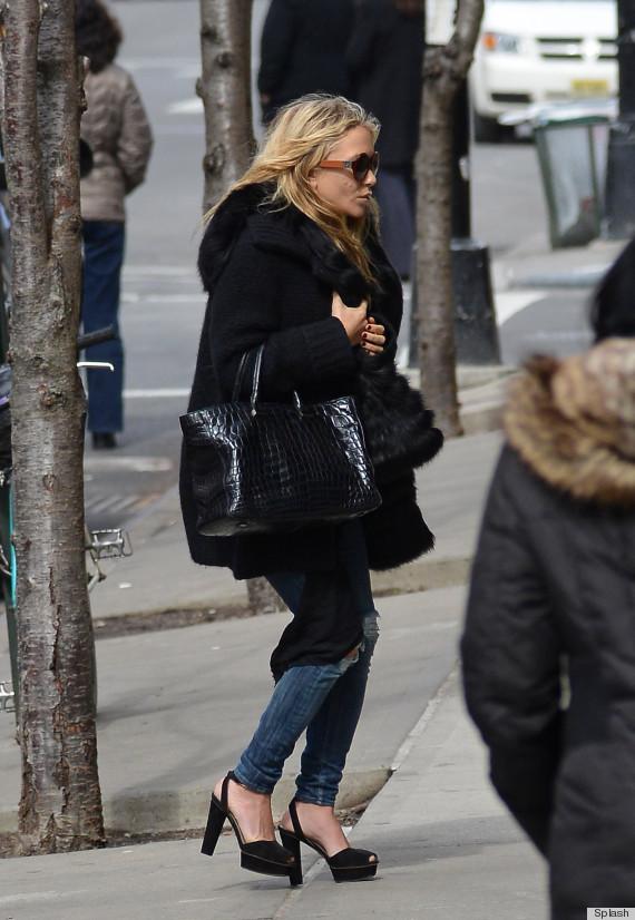 Is Ashley Olsen's Wet Hair A Fashion Faux Pas? (PHOTOS ...