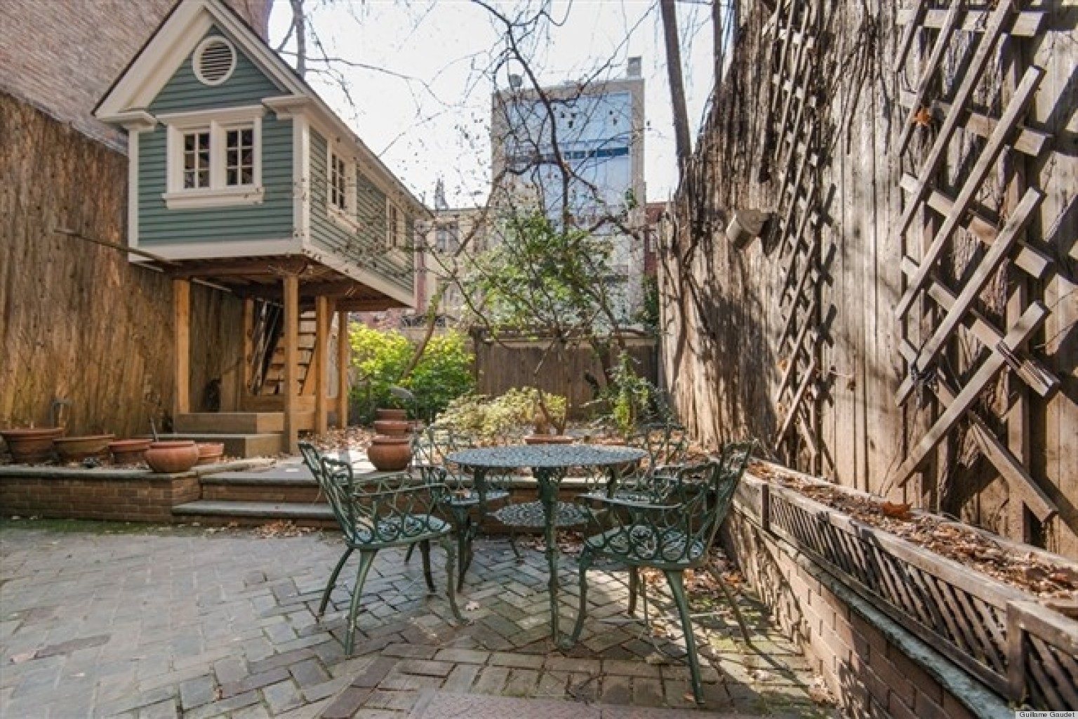 Backyard Treehouse Without Tree : Pics Photos  Treeless Tree House Plans Free