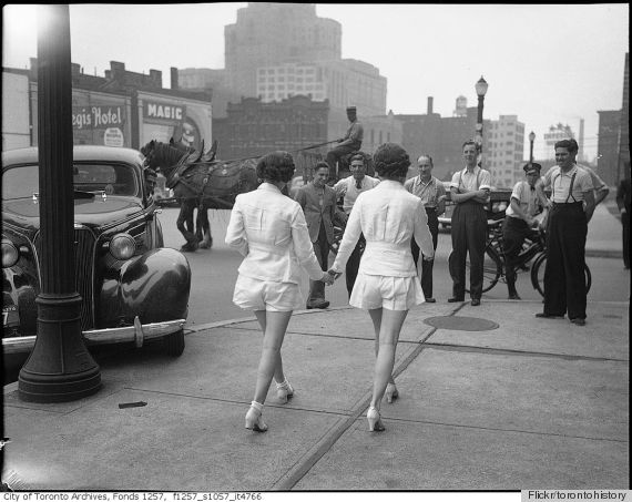 Women In Shorts (Maybe) Cause Car Crash In 1937 (PHOTO)