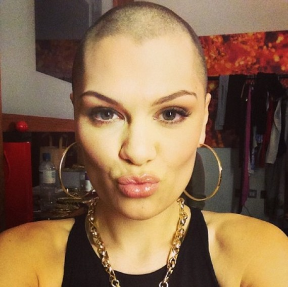 jessie j shaves her head
